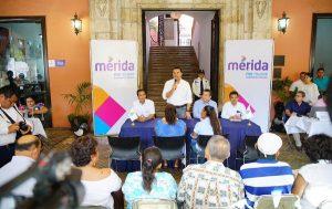 El alcalde Renán Barrera reactiva el Miércoles Ciudadano atendiendo de manera directa a los meridanos