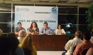 Presentan en la UJAT, documental por los 25 años de historia del CECOM