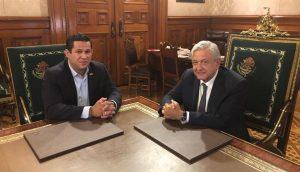 Se reúne AMLO con gobernador de Guanajuato en Palacio Nacional