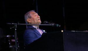 Armando Manzanero, presente en el segundo día del Festival Internacional de la Trova