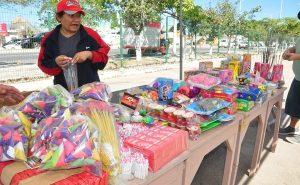 Arranca venta de pirotecnia en el parque de beisbol Nelson Barrera en Campeche
