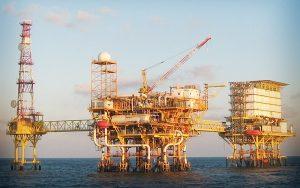 Carmen, con experiencia petrolera para plan de rescate