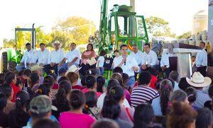 Entrega Alejandro Moreno Cadenas 11.2 MDP a sector agropecuario en Champotón
