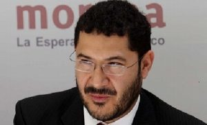 Presenta Martí Batres reforma para eliminar fuero a legisladores
