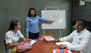 Estudiantes de la UTTAB cuentan con asesorías personalizadas que acrecientan su potencialidad