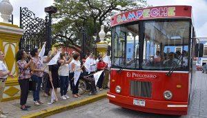 """Dan banderazo de salida al Programa de Turismo Inclusivo """"Conozcamos Campeche"""""""
