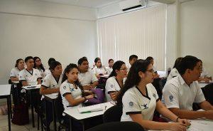 Más de 33 mil estudiantes inician clases en la UJAT