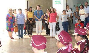 Visita presidenta del DIF Tabasco, Cendis 'Julieta Campos' y 'José Ma. Pino Suárez'