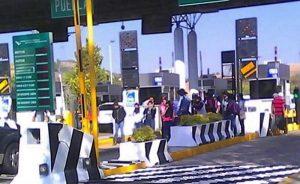 Acciones penales contra quienes cierren casetas de peaje: AMLO