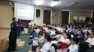 Estudiantes de la DACS exponen sus opiniones ante el tema de seguridad e igualdad de género