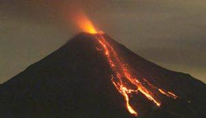 Volcán de Colima aumenta su actividad, en alerta amarilla