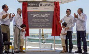 Alejandro Moreno Cárdenas y Javier Jiménez Espriú ponen en operación el nuevo puente de La Unidad