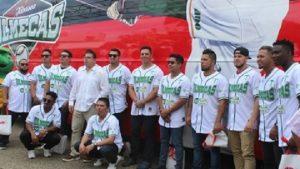 Presentan autobús oficial de Los Olmecas de Tabasco