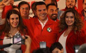 Las encuestas nos favorecen  para dirigir el PRI: Alejandro Moreno Cárdenas