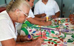 Invita DIF Cancún a formar parte de sus cursos y talleres