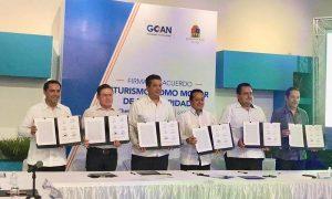 El Gobernador Mauricio Vila Dosal firma acuerdo para reforzar el desarrollo turístico de Yucatán