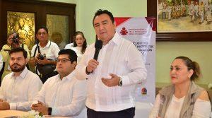 Se reúnen tres Estados de la Península de Yucatán para combatir Analfabetismo