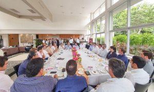 Promueve el presidente Víctor Mas Tah turismo e inversión inmobiliaria de Tulum