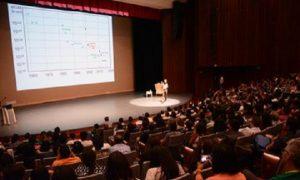 Premio Nobel de Física imparte plática sobre Condensado de Bose-Einstein