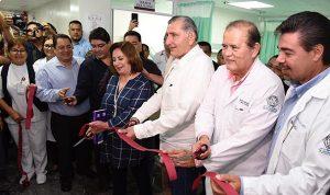 Atiende Adán Augusto rehabilitación integral del hospital 'Juan Graham Casasús'