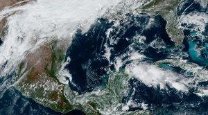 Frente Frío 12 favorecerá evento de Norte fuerte, precipitaciones en la Península de Yucatán