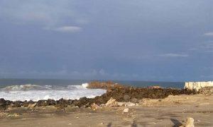 Por alerta de Tsunami, evacuan a mil familias en Chiapas