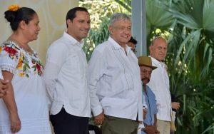Es un extraordinario gobernador Mauricio Vila, lo reconozco: AMLO