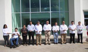 Equipa Adán Augusto a la UJAT con moderna infraestructura educativa