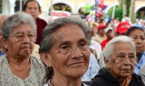 Caídas, principal riesgo de mortalidad en adultos mayores geriatra: Especialista