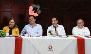 Es momento de cerrar filas y tomar decisiones importantes para afrontar los retos financieros del próximo año: Mauricio Vila Dosal