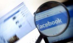 Facebook espía a usuarios, se activa la cámara en segundo plano
