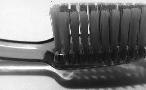 Aseguran que mala higiene bucal puede provocar Alzheimer