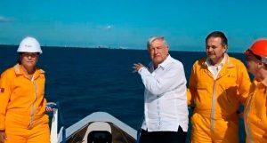 Cantarell, estratégico en desarrollo de Pemex: Andrés  Manuel López Obrador