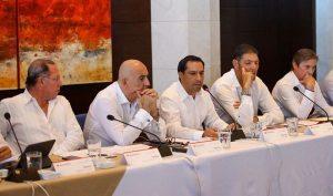 El Gobernador Mauricio Vila Dosal expone potencial de Yucatán ante el Consejo Regional Peninsular del Grupo Financiero Banorte