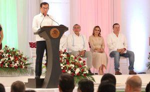 Refrenda Adán Augusto apoyo al municipio de Huimanguillo