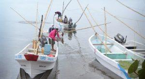 Pescadores deben Contar con la tecnología adecuada para detectar su ubicación al salir a la mar