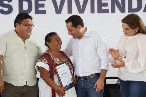 El Gobernador Mauricio Vila Dosal entrega las primeras acciones de vivienda de las 17,000 que se están realizando en todo el estado