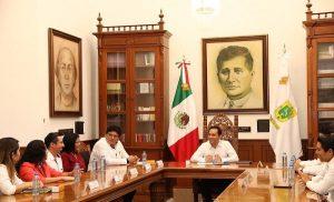 El Gobernador Mauricio Vila Dosal resalta talento y labor de ganadores del Premio Estatal de la Juventud 2019