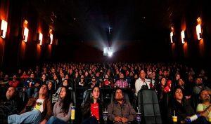 Ir al cine es tan saludable como hacer ejercicio 'suave', revela estudio