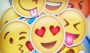 Crea emojis con tu rostro