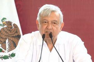 Promete AMLO regularización de tierras en Solidaridad, Quintana Roo