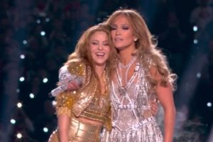 Brillan Shakira y JLo en show de medio tiempo del Super Bowl LIV