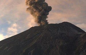 Emite volcán Popocatépetl 177 exhalaciones en las últimas 24 horas
