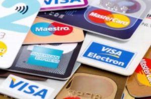 Si mandas foto de tu tarjeta puedes ser víctima de robo de datos y dinero: Experto
