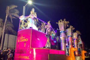 Inicia primer desfile del Carnaval de Veracruz, con un retraso de hora y media