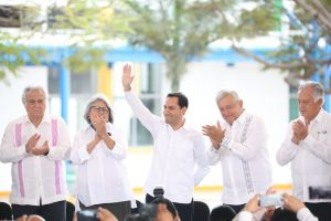 El Presidente Andrés Manuel López Obrador y el Gobernador Mauricio Vila Dosal ponen en marcha obras de infraestructura energética