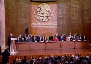 El Gobernador Mauricio Vila Dosal presente en la ceremonia por 103 aniversario de la Constitución mexicana
