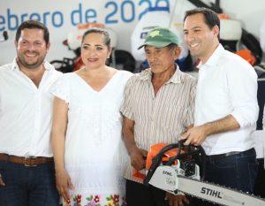 El Gobernador Mauricio Vila Dosal otorga fuerte impulso a la producción de henequén
