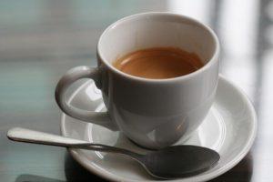 Consumir café podría disminuir riesgo de desarrollar cáncer de mama