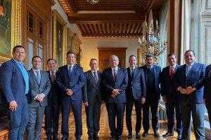 Tenemos relaciones de respeto', asegura AMLO tras reunirse con gobernadores del PAN